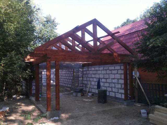 Открытая стропильная система гаража и навеса