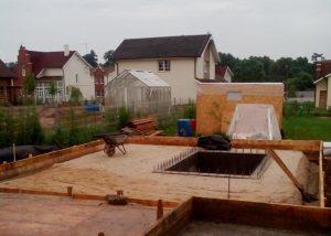 Строительство фундаментной плиты, стыкующейся с подвалом