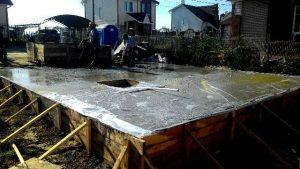 Бетонирование перекрытия подвала и фундамента гаража