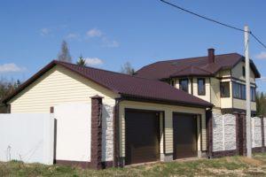 Строительство гаража в стиле дома