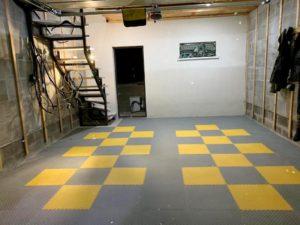 Как обустроить гаражное помещение