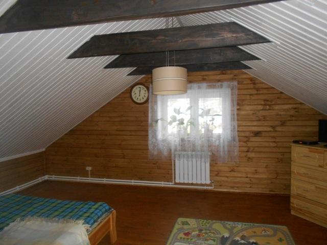 жилая мансарда под двускатной крышей